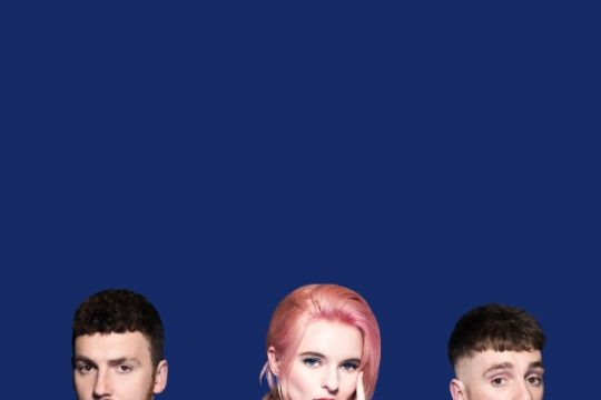 Clean Bandit (od lewej): Jack Patterson, Grace Chatto i Luke Patterson.